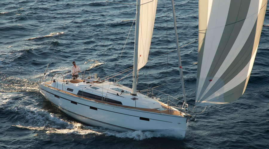 /Images/media_news/Bavaria-Cruiser-41-review-sailing.jpg