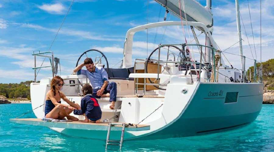 /Images/media_news/beneteau-oceanis-41-1-review-image1.jpg