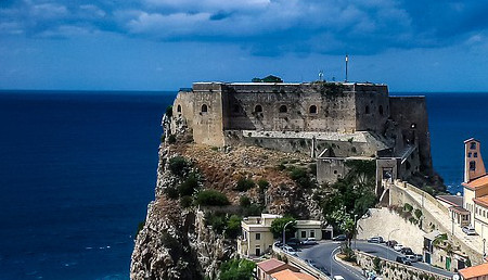/Images/web_module_10_routes/route-italy-tropea-450x258.jpg